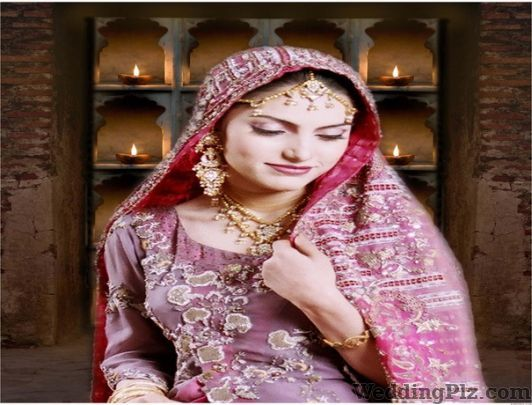 Santushti Hair and Beauty Studio Beauty Parlours weddingplz