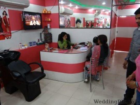Moon Colour Touch Beauty Parlours weddingplz