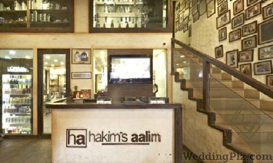 Hakims Aalim Hair N Tattoo Launge Beauty Parlours weddingplz