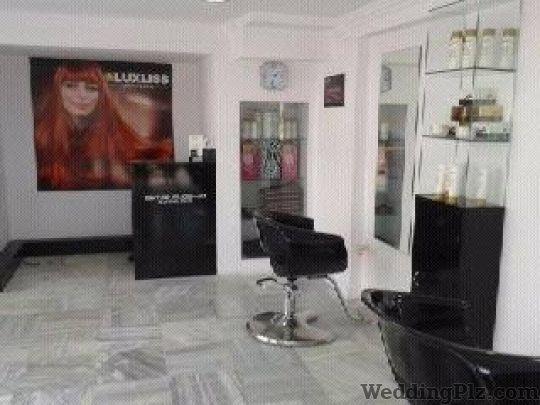 Straight Studio Beauty Parlours weddingplz