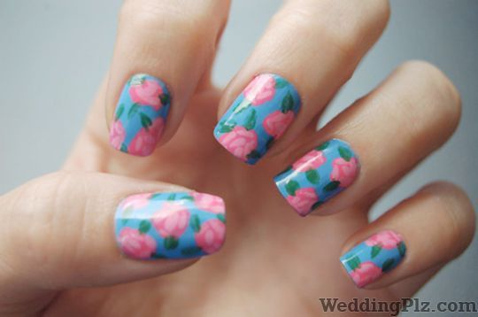 Roots De Salon Cafe Nail Art Studios weddingplz