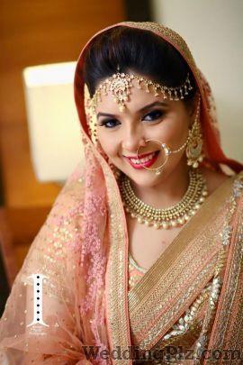 Avantika Kapur Makeup and Hair Makeup Artists weddingplz