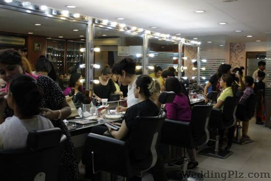 Vidya Tikari Bridal Makeup Makeup Artists weddingplz