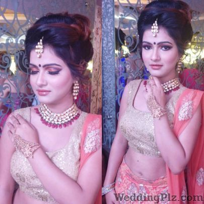 Blushed by Sanjona Kukreja Makeovers Makeup Artists weddingplz