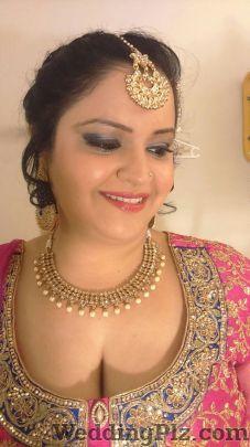 Manshi Makeup Creation Makeup Artists weddingplz