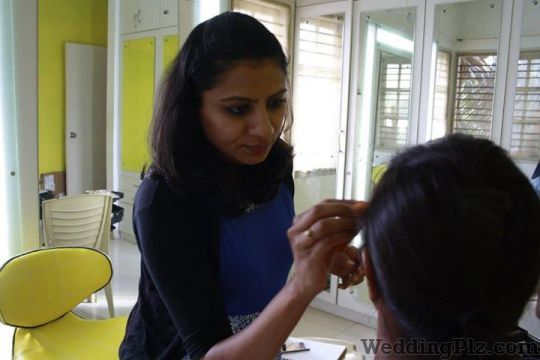 Makeup by Preeya Makeup Artists weddingplz