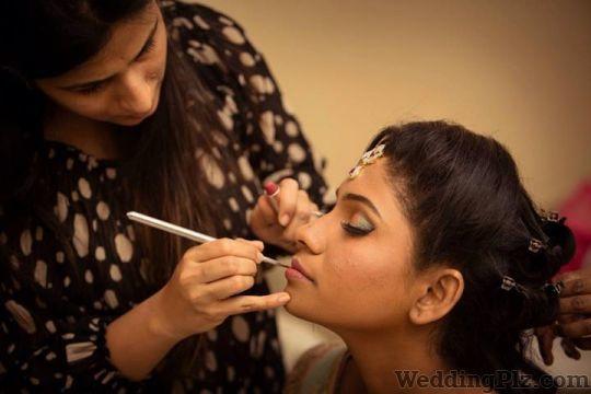Roshni Safir Makeup Artist Makeup Artists weddingplz