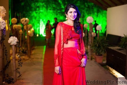 Yani Shrivastava Makeup Artist Makeup Artists weddingplz