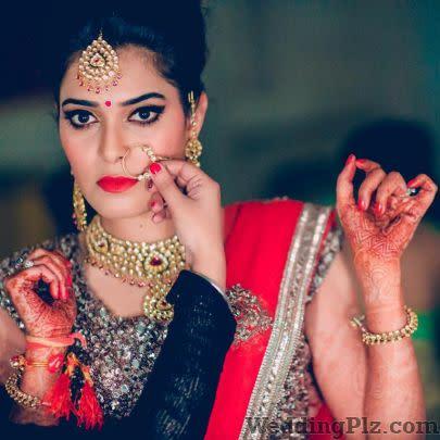 Navchetna Academay Makeup Artists weddingplz