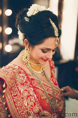 Priyam Nathani Makeup Artist Makeup Artists weddingplz