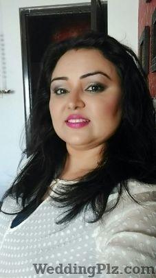 Van Professional Makeup Artist Makeup Artists weddingplz
