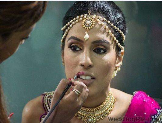 Arshhia Studio Makeup Artists weddingplz