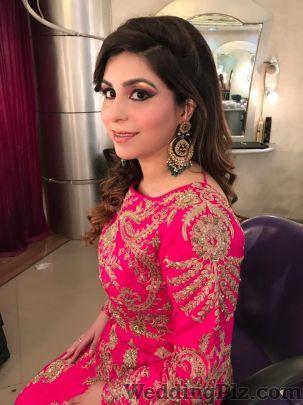 Kitty Dhupar Makeup Artist Makeup Artists weddingplz