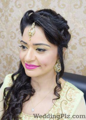 Makemeup Unisex Salon and Makeup Studio by Geeta Kapoor Makeup Artists weddingplz