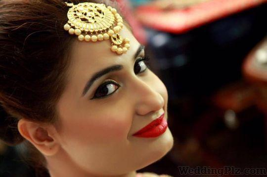 Simranns Salon Makeup Artists weddingplz