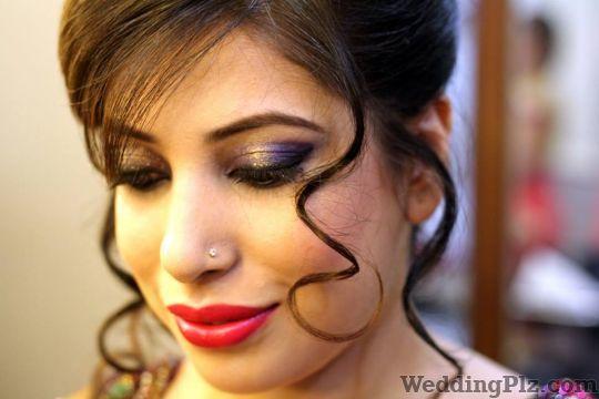 Charms Beauty Parlour Makeup Artists weddingplz