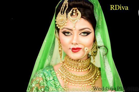 Richa Sharma   Makeovers    RDiva Makeup Artists weddingplz