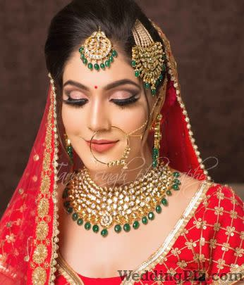 Priyaa V Singh Makeup Artists weddingplz