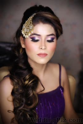 Shivani Chatrath Studio Makeup Artists weddingplz