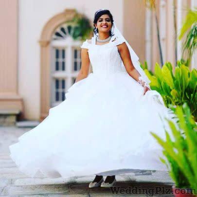 Makeovers By Shanthi Makeup Artists weddingplz