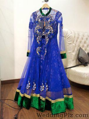 Chhavi Designer Lounge By Pragya Madan Fashion Designers weddingplz