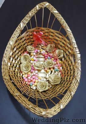 The Blooming Basketeers Trousseau Packer weddingplz