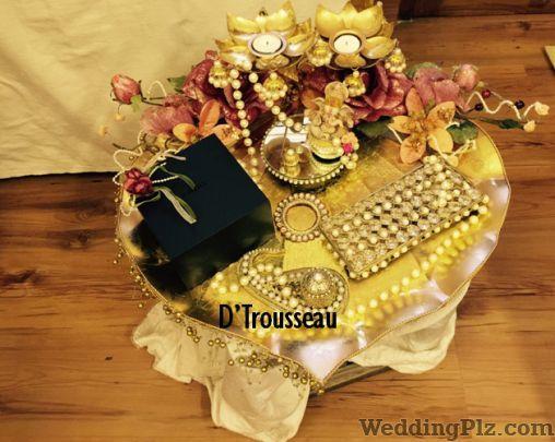 D Trousseau Trousseau Packer weddingplz