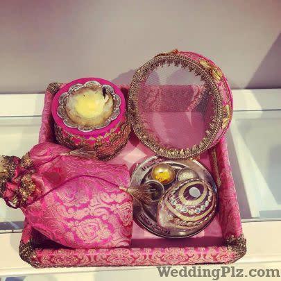 Pataaree Trousseau Packer weddingplz