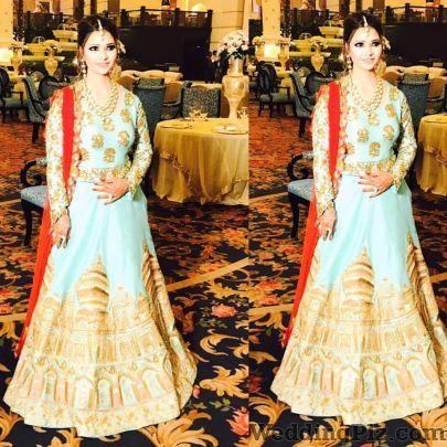 Mayyur R Girotra Boutiques weddingplz