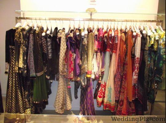 Shilpkiriti By Tanvi Boutiques weddingplz