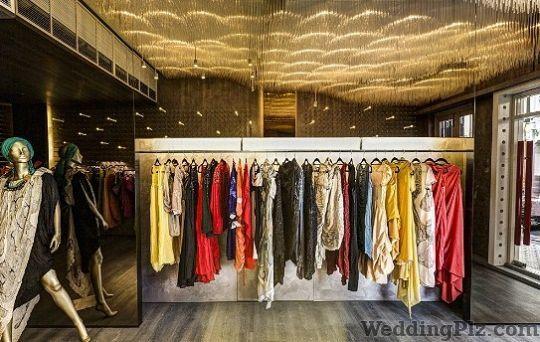 AR Tailors Boutiques weddingplz