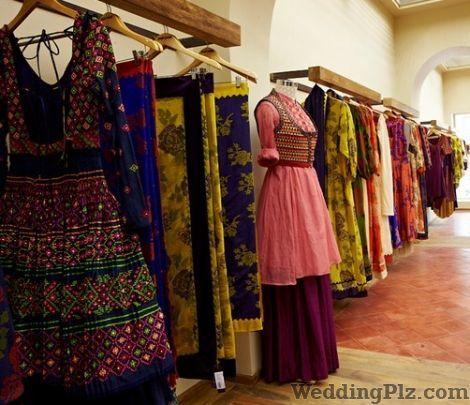 Chaahat Boutiques weddingplz