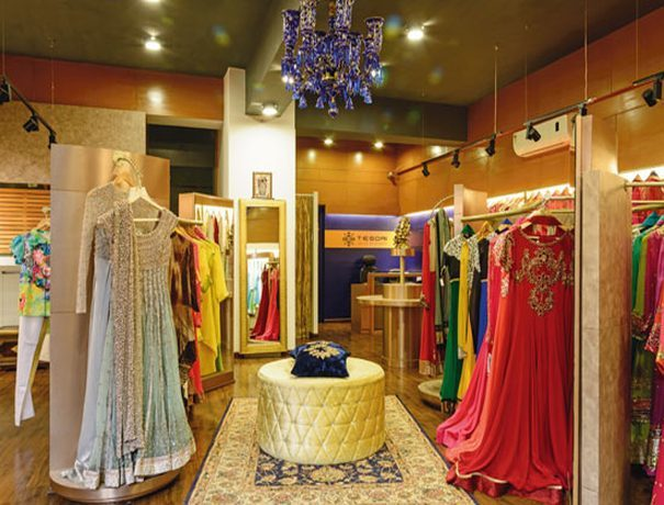 D.D Designer Fashion Boutique Boutiques weddingplz