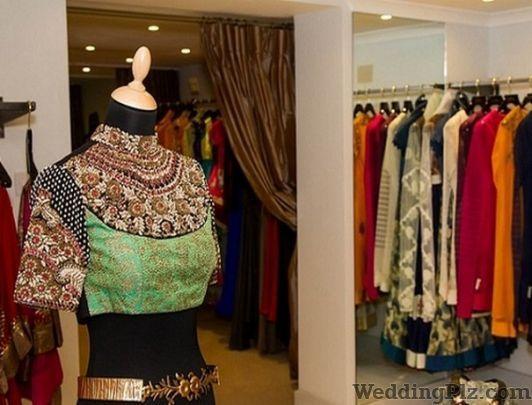 Kainih Tailors Boutiques weddingplz