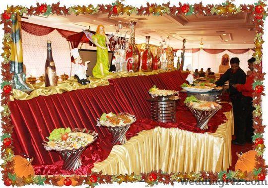 FNV Food En Vogue Caterers Caterers weddingplz