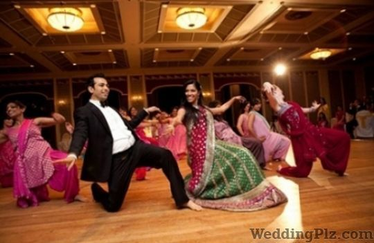 Ronit Raj Dance and Fitness Academy Choreographers weddingplz