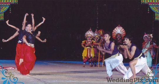 Ale School of Arts and Fine Arts Choreographers weddingplz