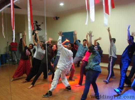 Steps Feel Your Dance Choreographers weddingplz
