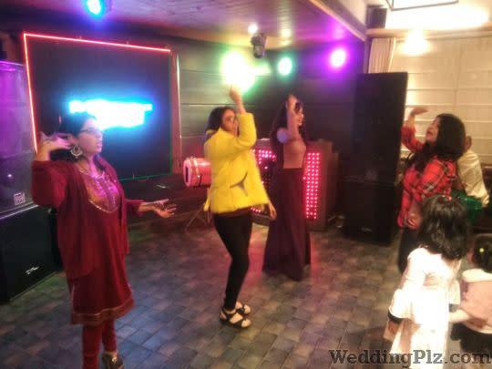 Grooves and Moves With Sonam Khurana Choreographers weddingplz