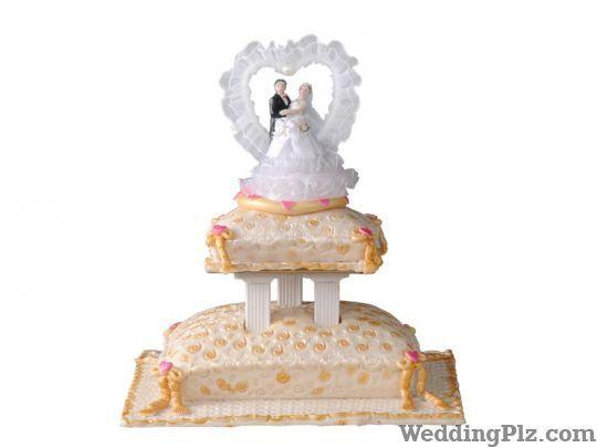 Monginis Cake Shop Orlem Malad West