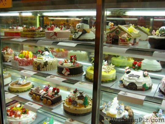 Oven Fresh Confectionary and Chocolates weddingplz