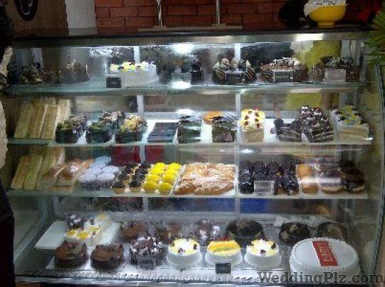 Amrit Baker Confectionary and Chocolates weddingplz