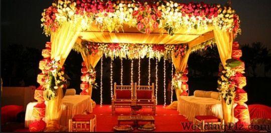 Goldy Flower Decoration Decorators weddingplz