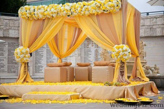 Rajat Tent and Decorator Decorators weddingplz