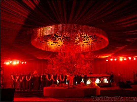 Golden Petals Decorators weddingplz