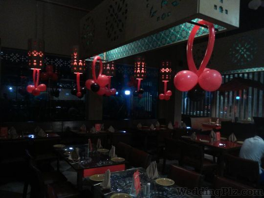 The Balloon Man Decorators weddingplz