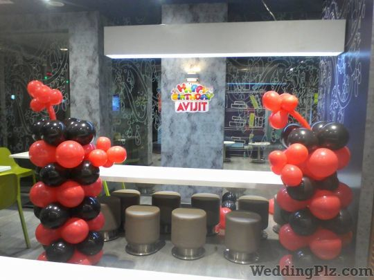 The Balloon Man Decorators weddingplz