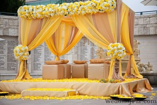 Green Petals Wedding Florist Decorators weddingplz